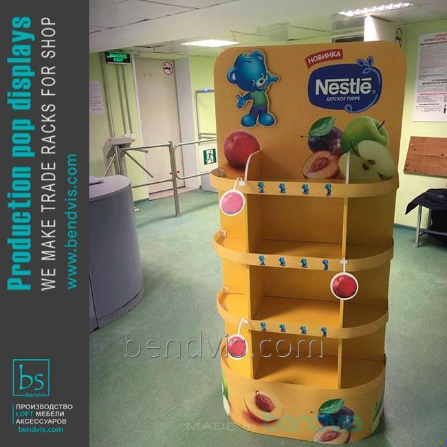 Торговая стойка Nestle
