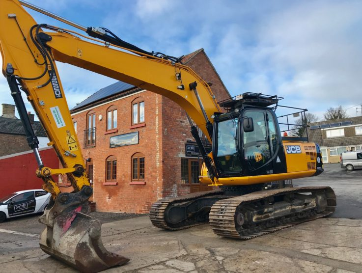 Caterpillar JCB JS220LC excavator.