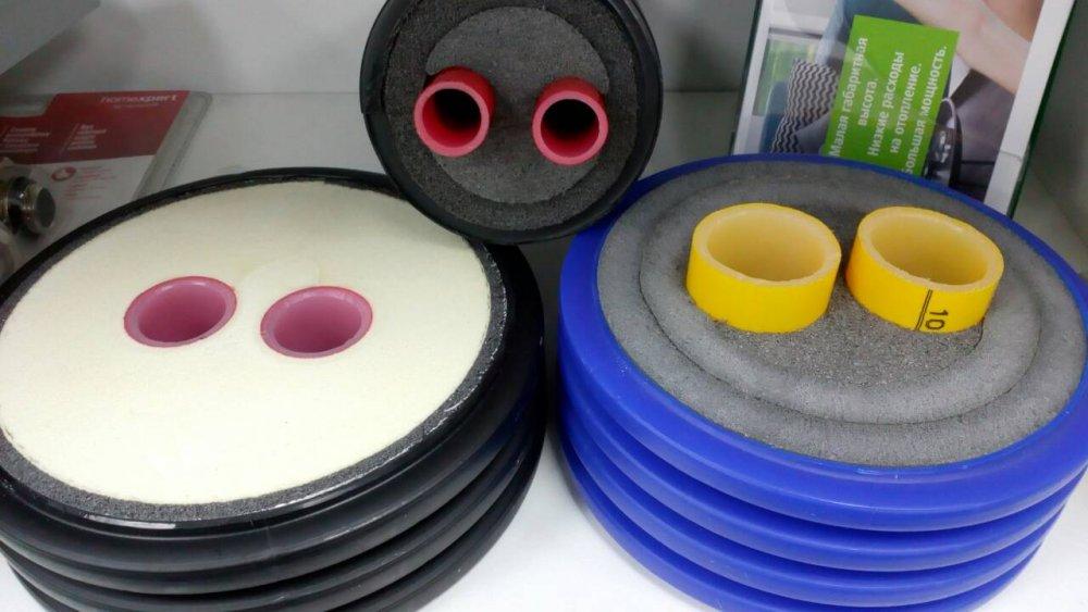 Ocelové trubky s vnějším dvouvrstvé a třívrstvé Ochranný povlak na bázi VSL extrudovaného polyethylenu (izolace vesmausilennaya) f57-1020mm.
