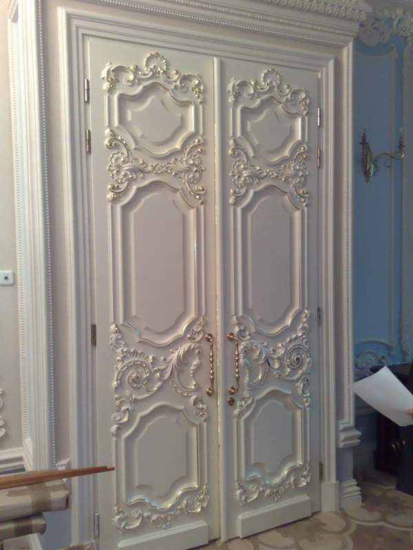 Деревянная дверь под покраску Арт. П04