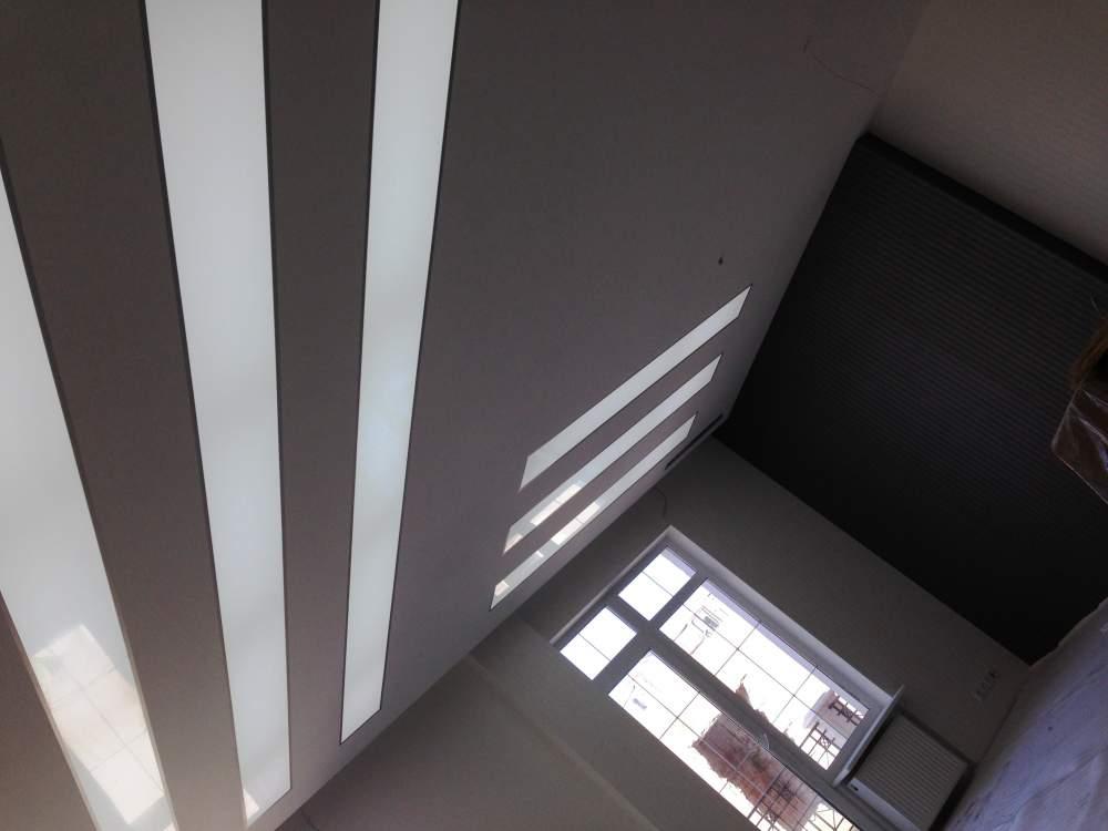 Потолочный стеклянный плафон