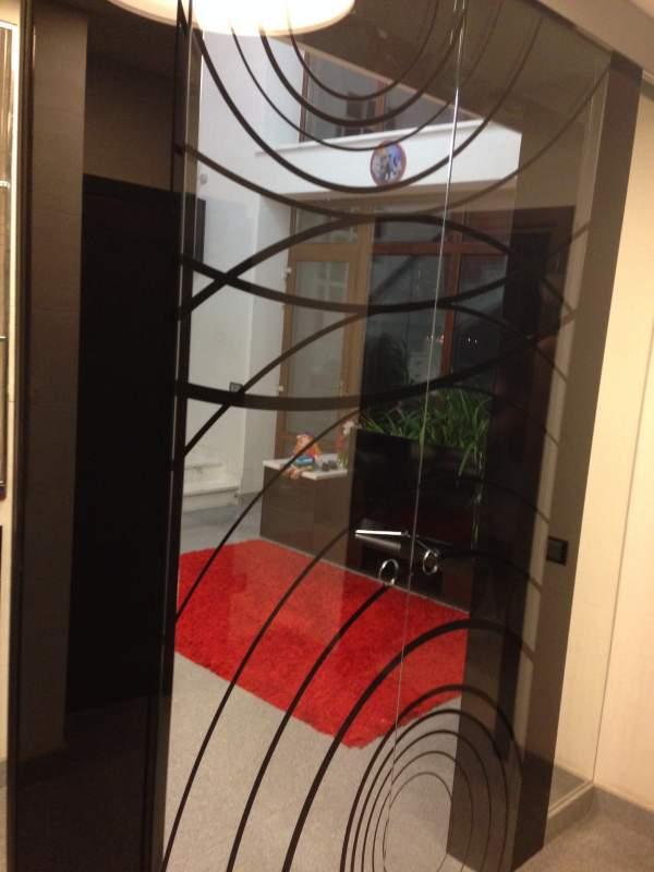 Двери раздвижные стеклянные