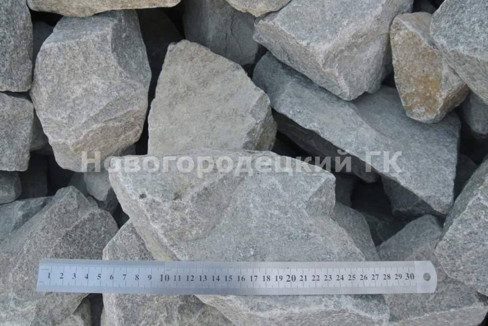 Купить Бут гранитный 300-500 камень негабарит, камень бутовой, бут