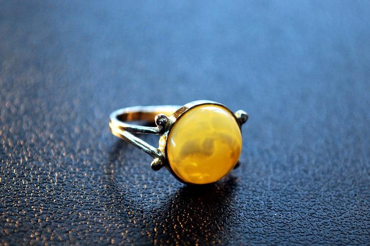 Купить Янтарный перстень Воздушный Повітряний