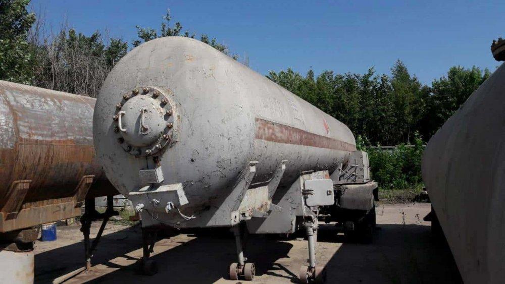 Полуприцеп-цистерна для перевозки сжиженного газа б/у объемом 15 м3