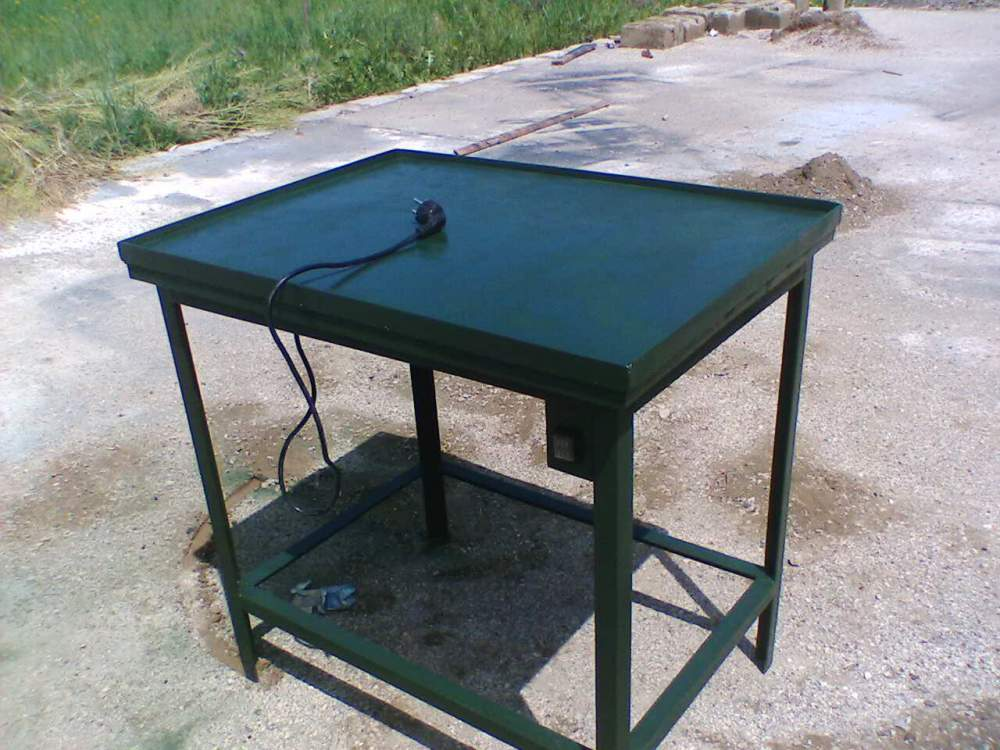 Buy Vibrating table for sealing product