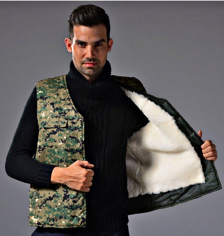 Мужской камуфляжный жилет с теплой натуральной овчины.