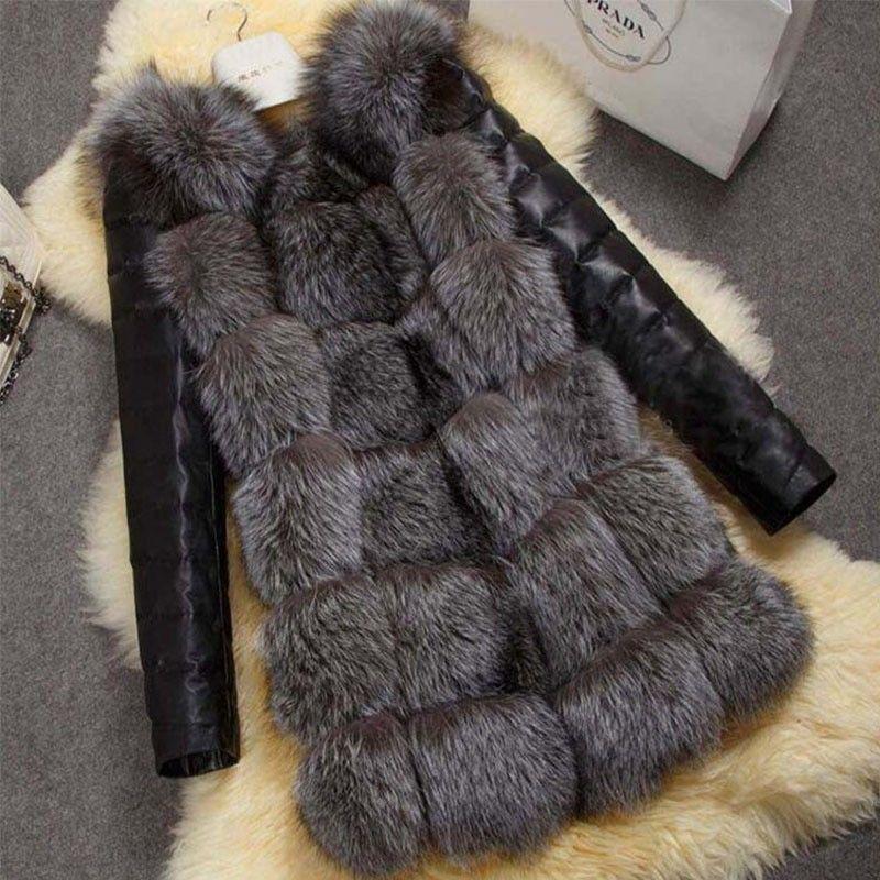 Женский жилет с лисьего меха с кожаными рукавами.
