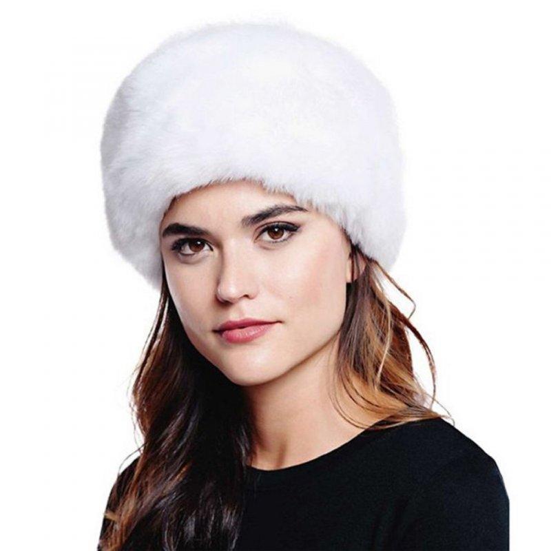 Женские теплые шапки с искусственного меха кролика.