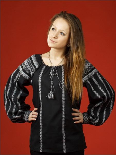 Женская черная блуза - вышиванка ЖБ 34