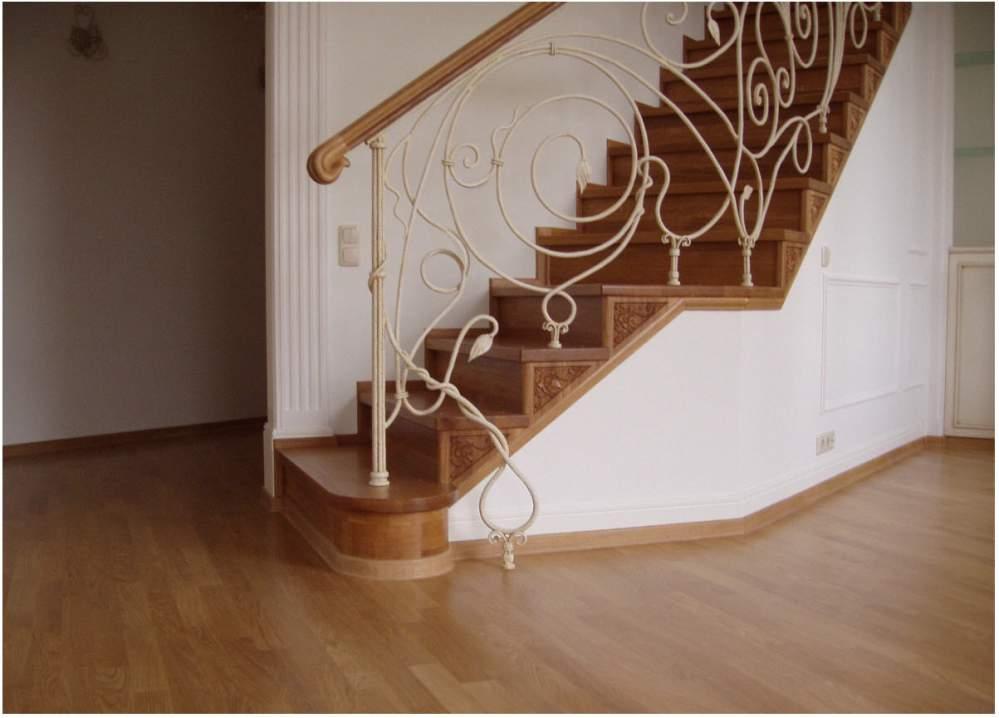 фото лестницы для коттеджей