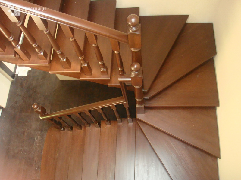 Buy ROTARY massive wooden staircase