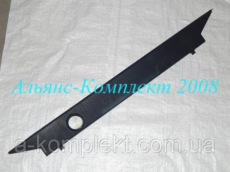 Бак радиатора верхний К-701 (металл.)