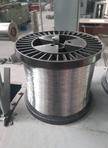 Проволока термически необработанная от ф0,25 мм до 0,5мм по ГОСТ 3282-74 оцинкованная и без покрытия