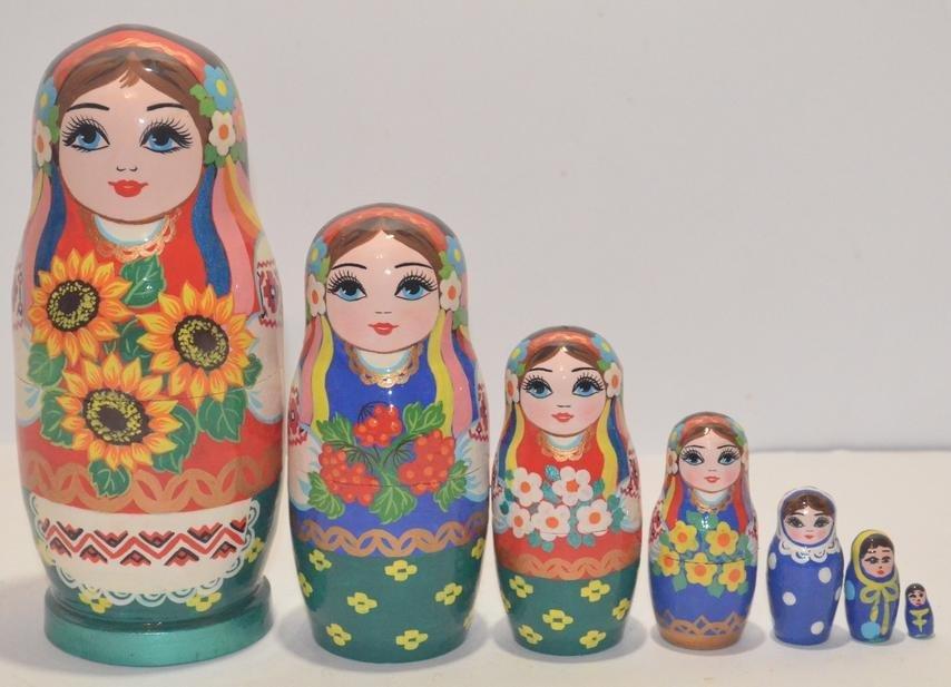 Украинская расписная матрёшка из 7-ми штук маленькая 714