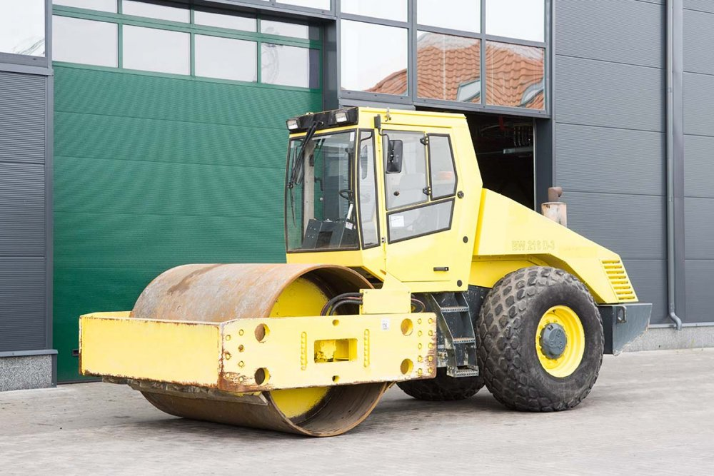 Buy Roller BOMAG BW216AD-3