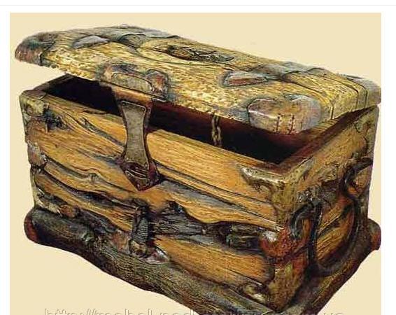 Сундук под старину из дерева
