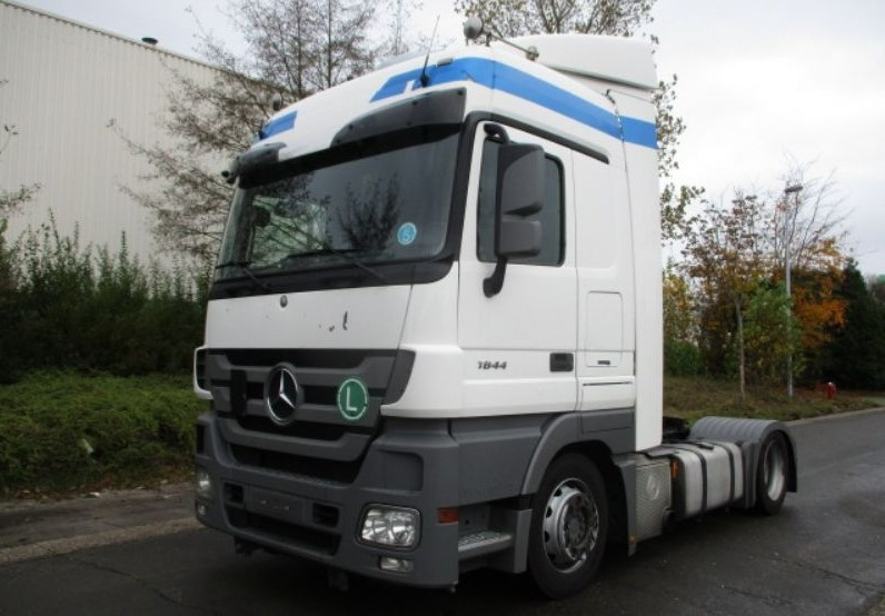 Buy Tractor Units