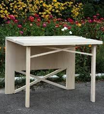 Столик из дерева Tesli