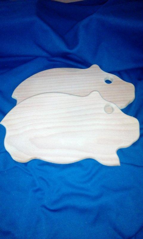 Доска свинка  маленькая 30*16 см