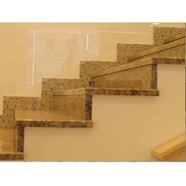 Купить Гранитная лестница из зарубежного гранита «Ориентал елоу» (США)