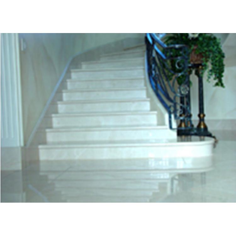 Купить Мраморная радиусная лестница из мрамора «Агора беж»