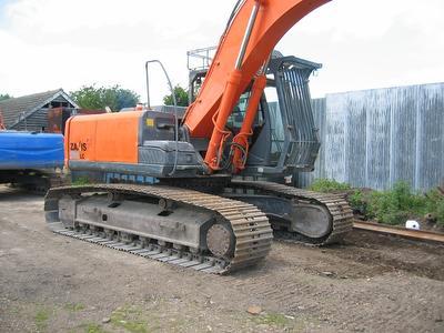 Гусеничный экскаватор 2010 HITACHI ZX280 LC-3