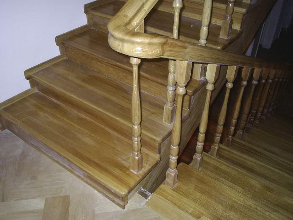 деревянные фото лестничные перила