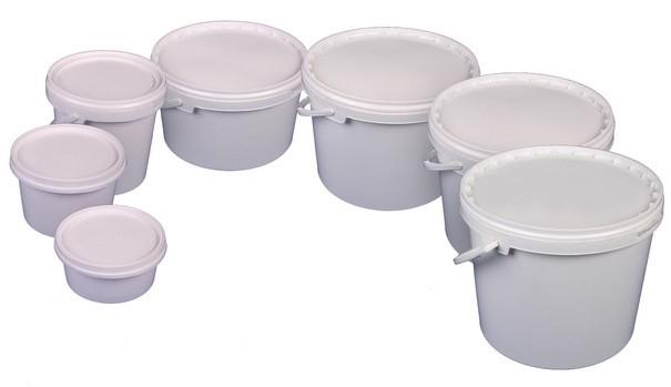 Коробки пластиковые различных форм и объемов