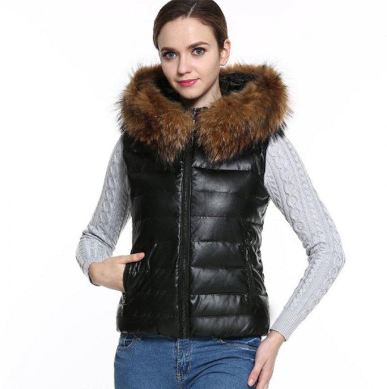 Теплые женские кожаные жилеты с меховым капюшоном.