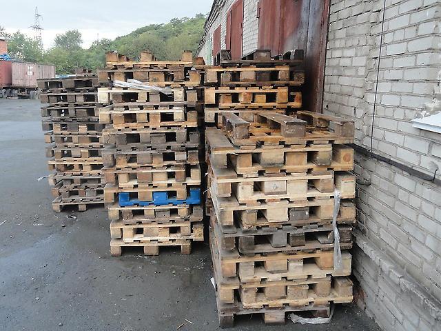 Піддони дерев'яні куплю 1200/800,б/у