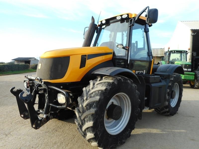 Трактор JCB 2170 4WS.
