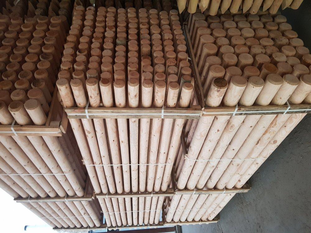 Купить Оцилиндрованые сосновые колья: диаметр 5 - 12 см , длина 1 - 4 метра