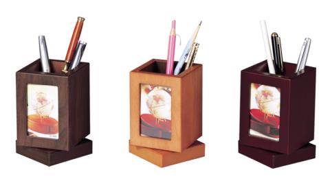 Купить Подставка настольная с фоторамкой, деревянная, вращающаяся, кр. дерево