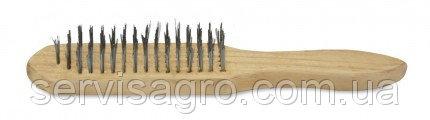 Щетка с деревянной ручкой стальная 4 ряд.