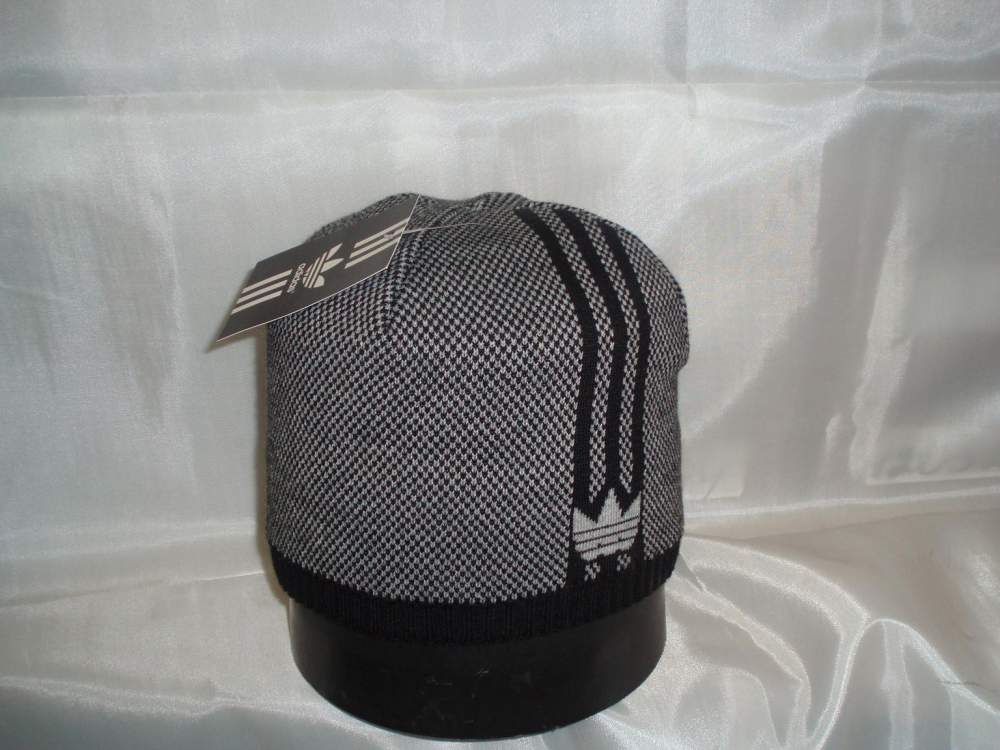 Buy Cap Knitted wholesale from the producer.