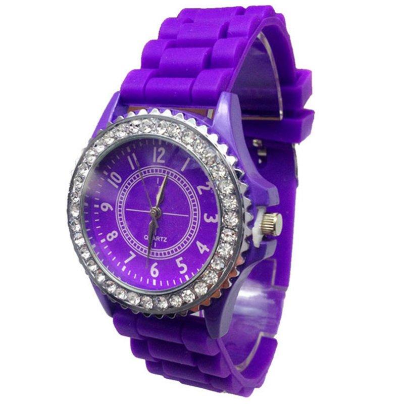 Женские наручные часы Geneva Crystal,фиолетового цвета.Женские часы