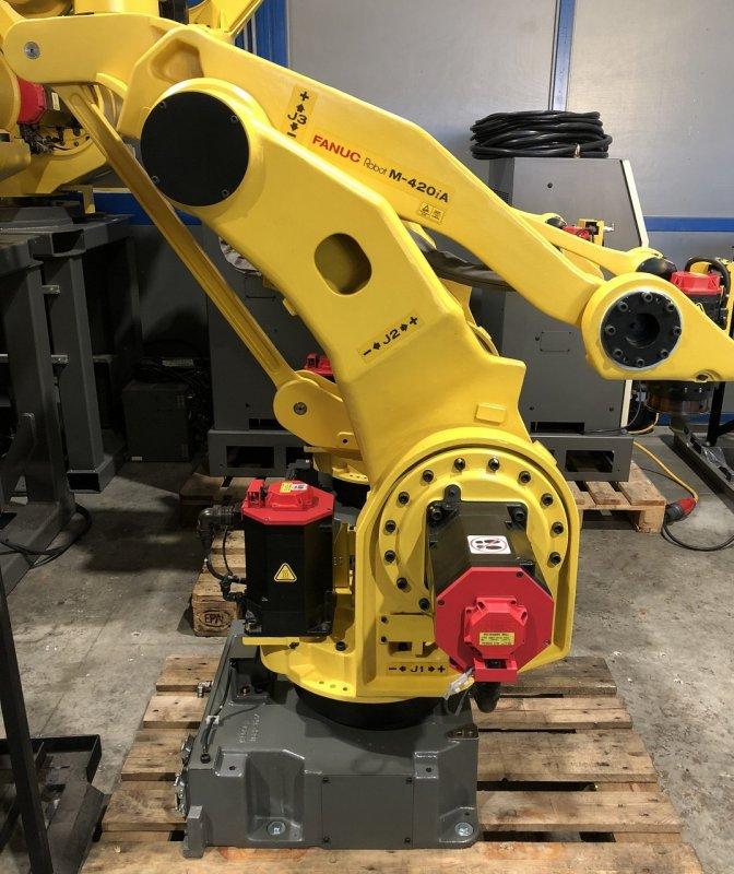 Купить Робот - паллетайзер FANUC M-420iA/40