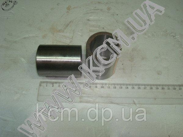 Втулка шкворня 500А-3001026 (розпірна, сталь) КСМ, арт. 500А-3001026