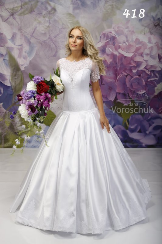Wedding dress, model 418 SALE