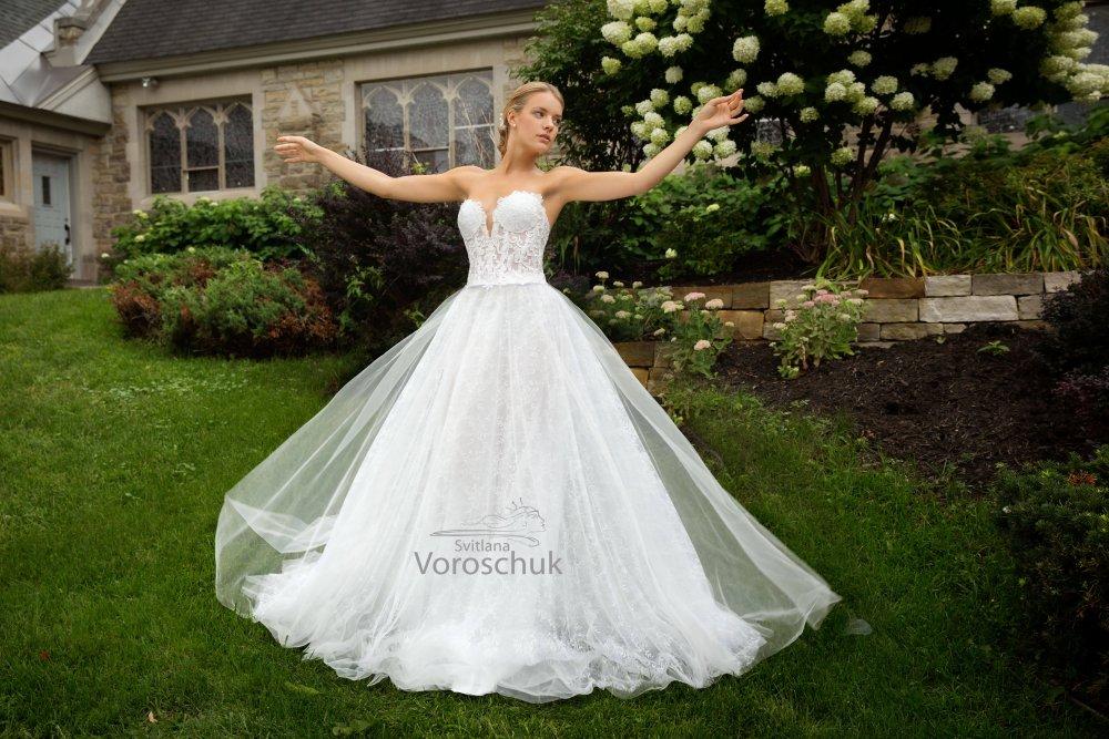 Wedding dress, model 8k4c