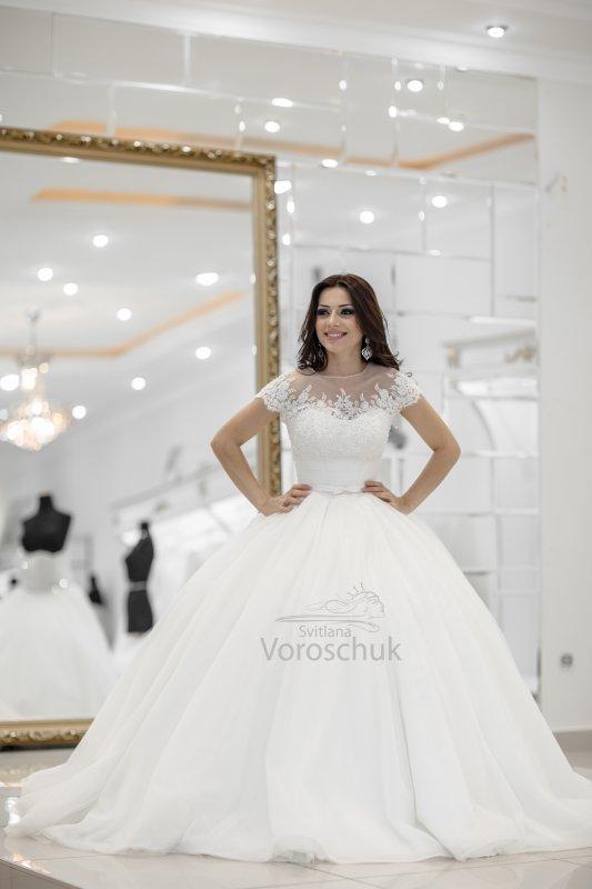 Wedding ballgown, model st05