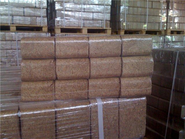 Купить Топливный древесный брикет RUF