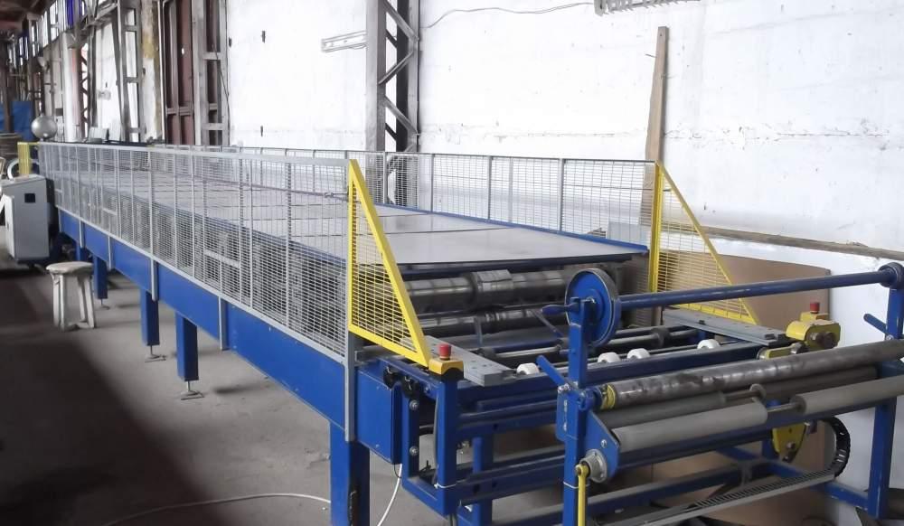 Купити Автоматична лінія для виробництва металлочерепици, від виробника (профилегибочное встаткування, лінії, верстати)