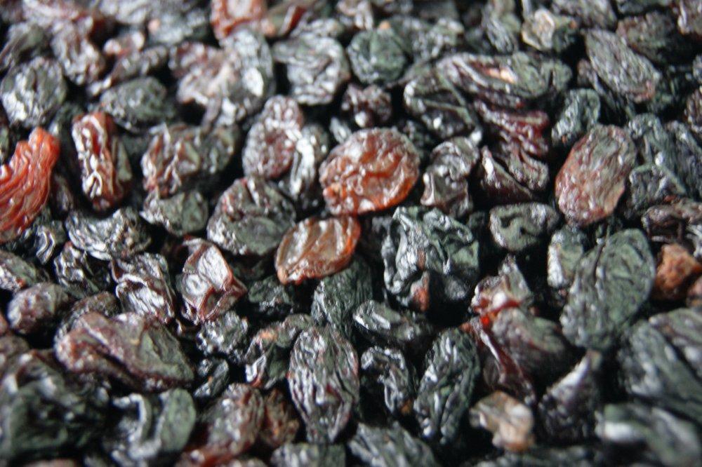 Изюм 28 черный Узбекистан