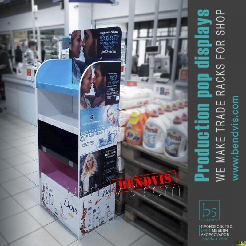 Рекламные торговые стойки для гигиены Dove