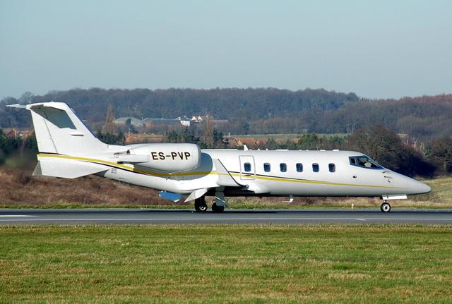 Чартерные рейсы Learjet 60