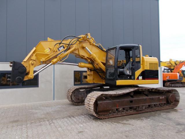 Caterpillar 325CL инструментодержатель