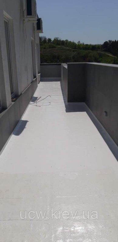 Гідроізоляція терас, балконів, дахів рідкої гідроізоляційної мембраною