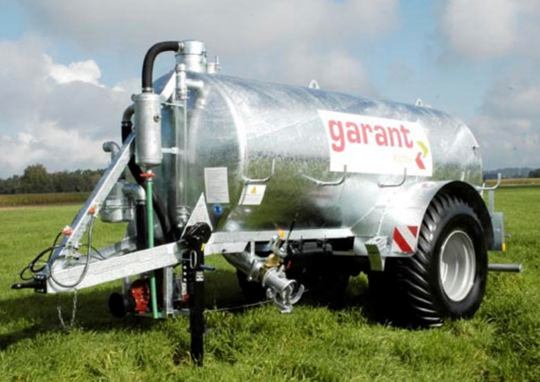 Buy Vacuum tanker of Garant Super Einachs VE 11.700